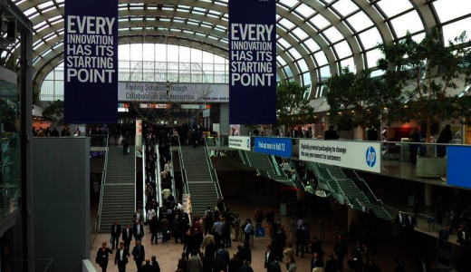 Can You be Exhibitor and Exhibitors Service Provider at the same Time?