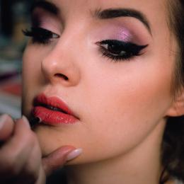 ¿Trabaja con cosméticos? 5 exposiciones y exhibiciones que usted debe conocer
